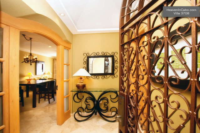 Entry – Villa 3708